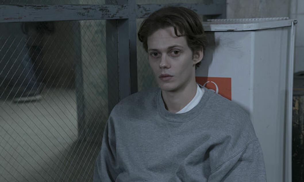 En bild på Bill Skarsgård. Bill Skarsgård är en av skådespelarna i skräckserien Castle Rock.