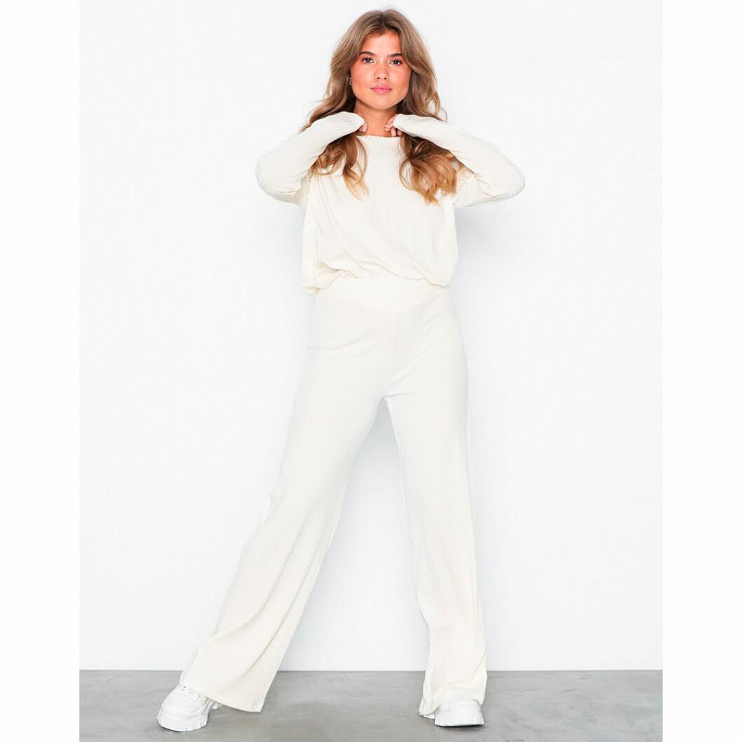 Mjuk vit kostym från NLY