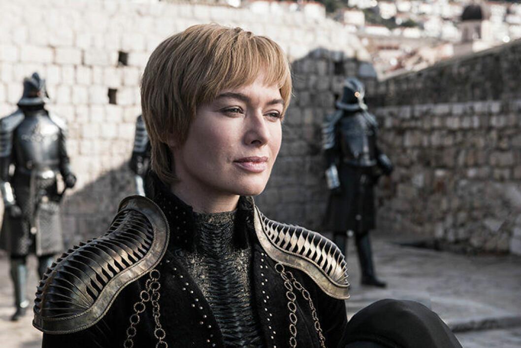 En bild på karaktären Cersei Lannister ur tv-serien Game of Thrones sista och åttonde säsong.