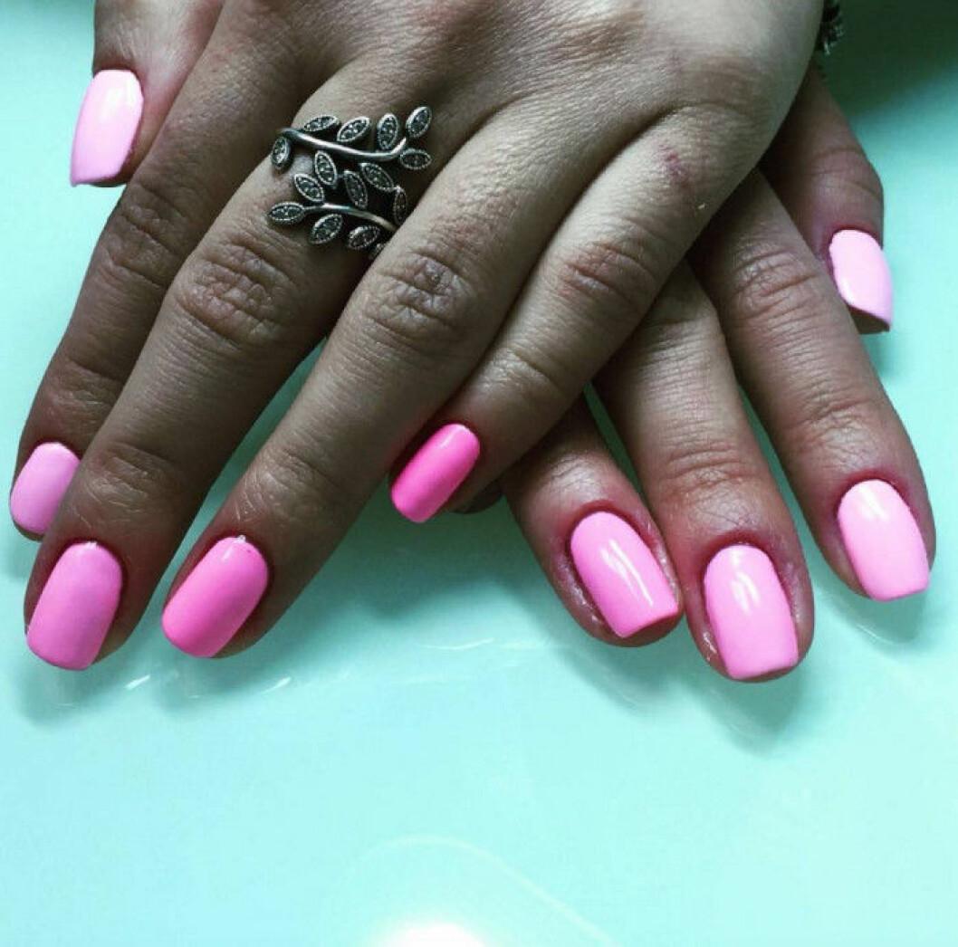 chockrosa naglar