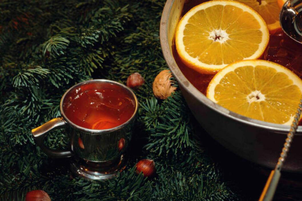 Divination är en cocktail toppad med äppelcider.