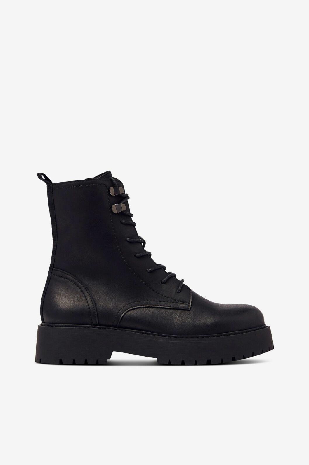 Svarta boots från Ellos
