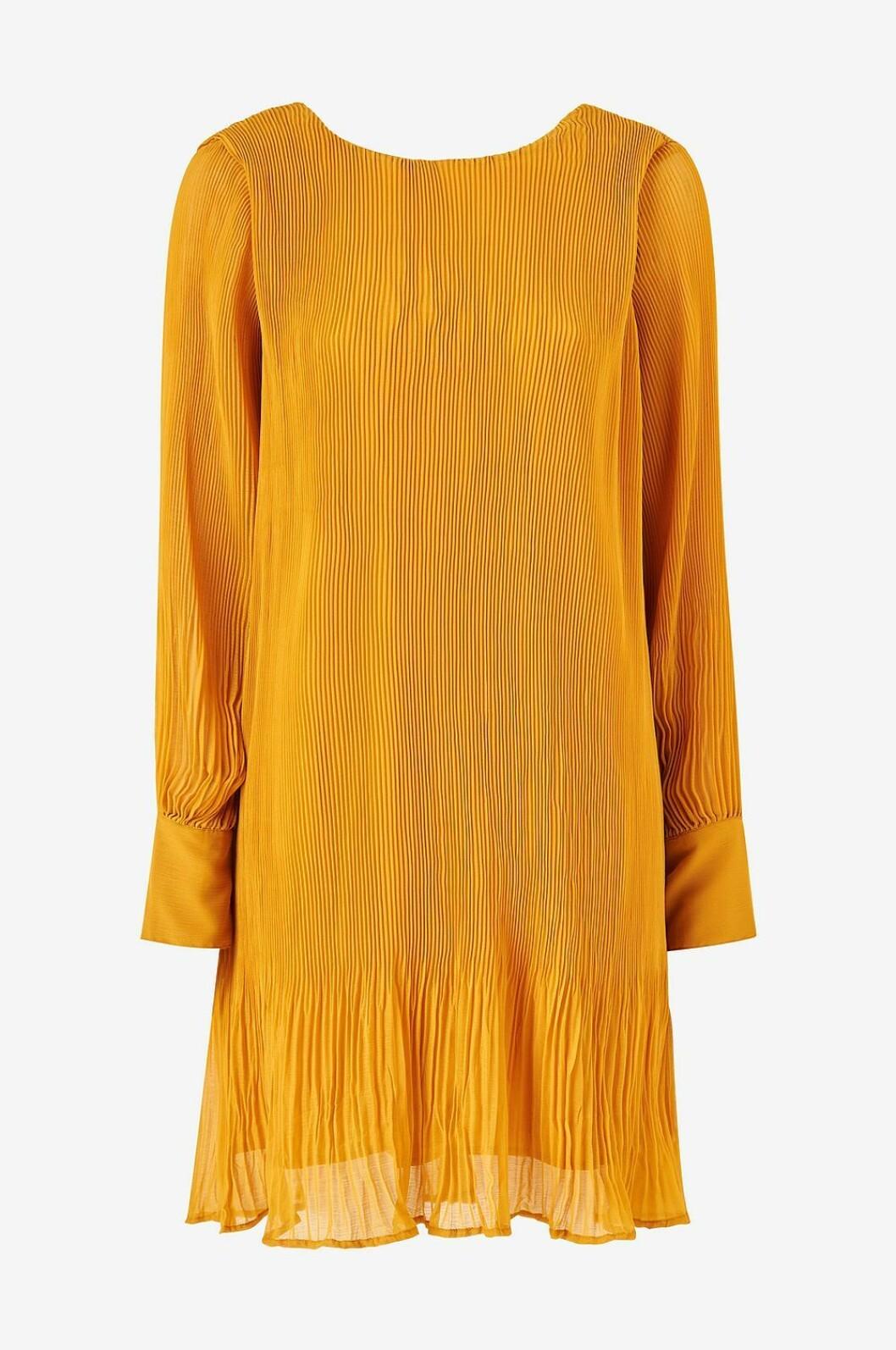 Långärmad festklänning i gult för dam