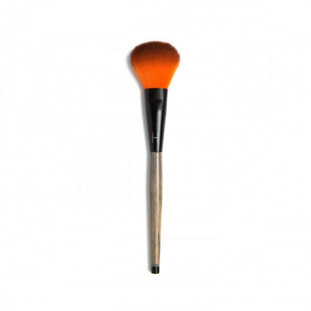 -Finishing brush-, LH Cosmetics. 249 kr