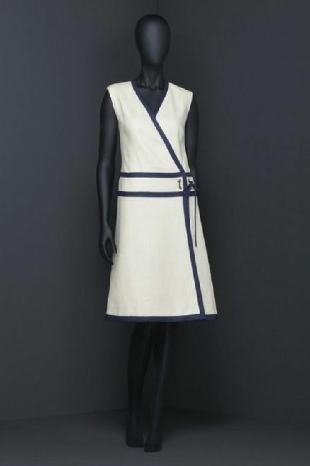 Klänningen från 60-talet som tillhört Prinsessan Margaretha, Fru Ambler.