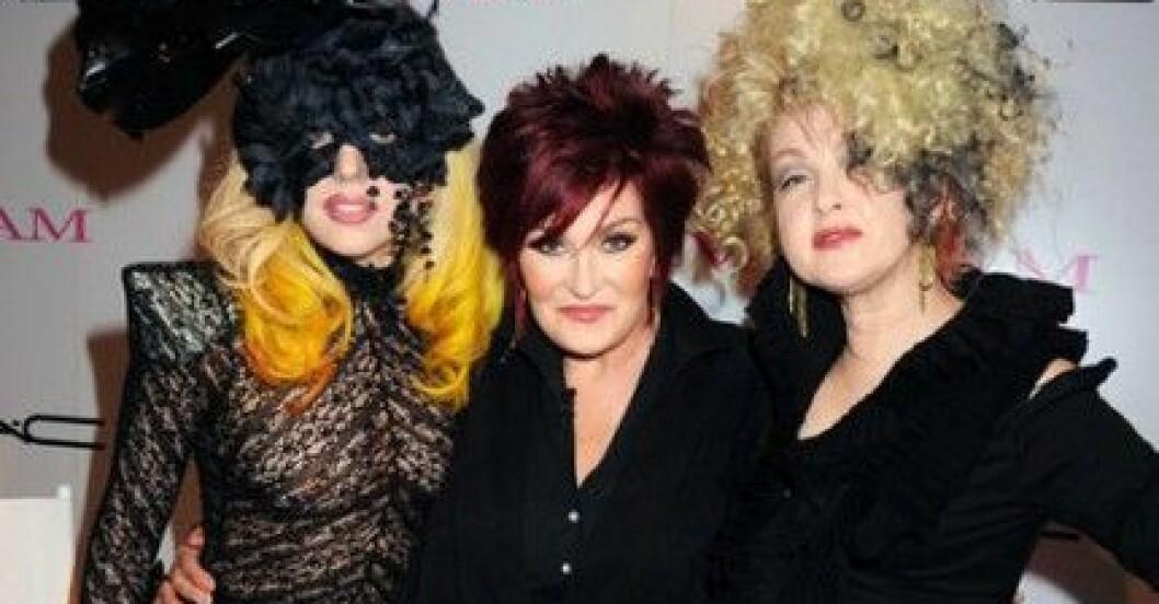 Lady Gaga, Sharon Osbourne och Cyndi Lauper lanserar MAC Viva Glam.
