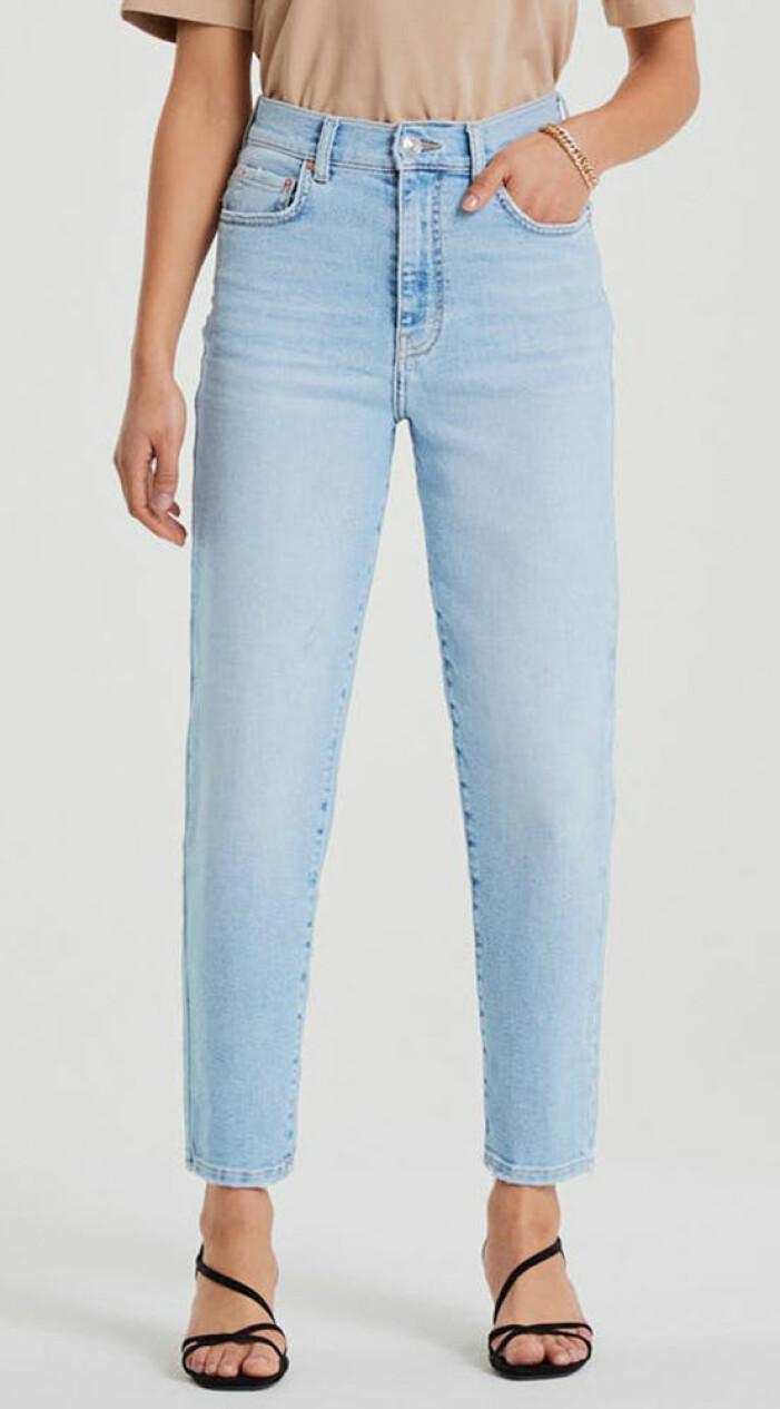 ljusa jeans snabba cash
