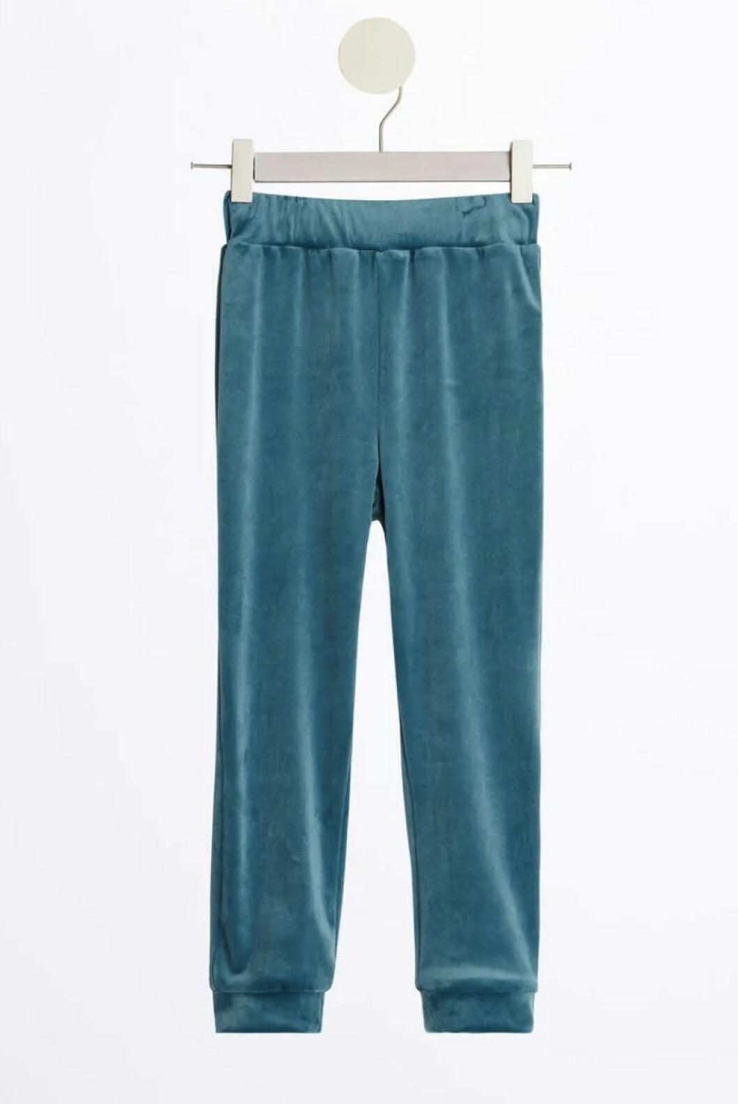 Gina tricot mini – blå sammetsbyxor