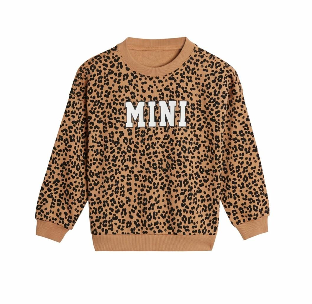 Gina tricot mini mor- och barnkollektion – leopardmönstrad sweatshirt