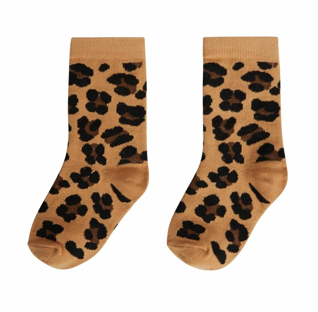 Gina tricot Mini mor- och barnkollektion –leopardmönstrade strumpor