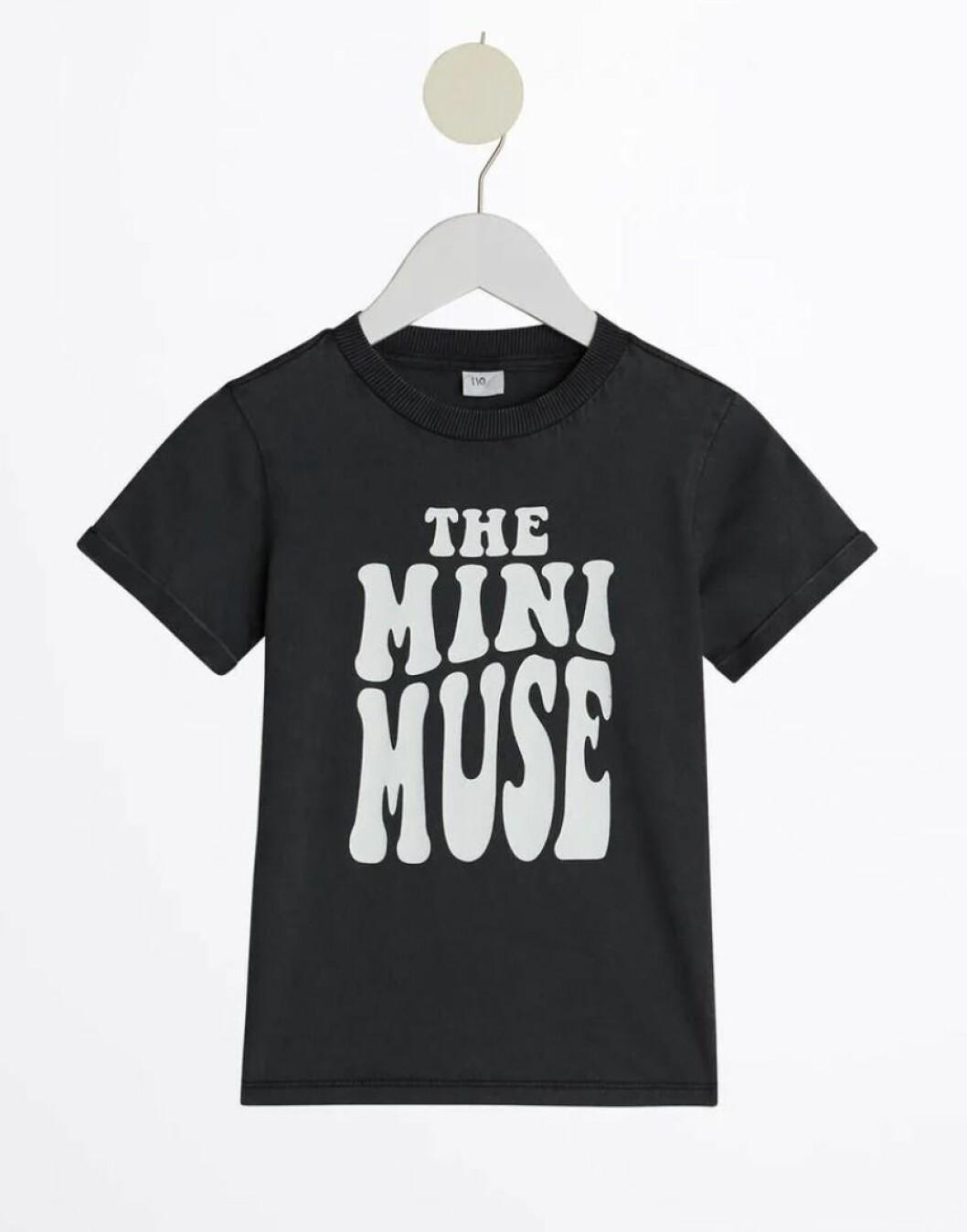 Gina tricot mini – svart t-shirt för barn