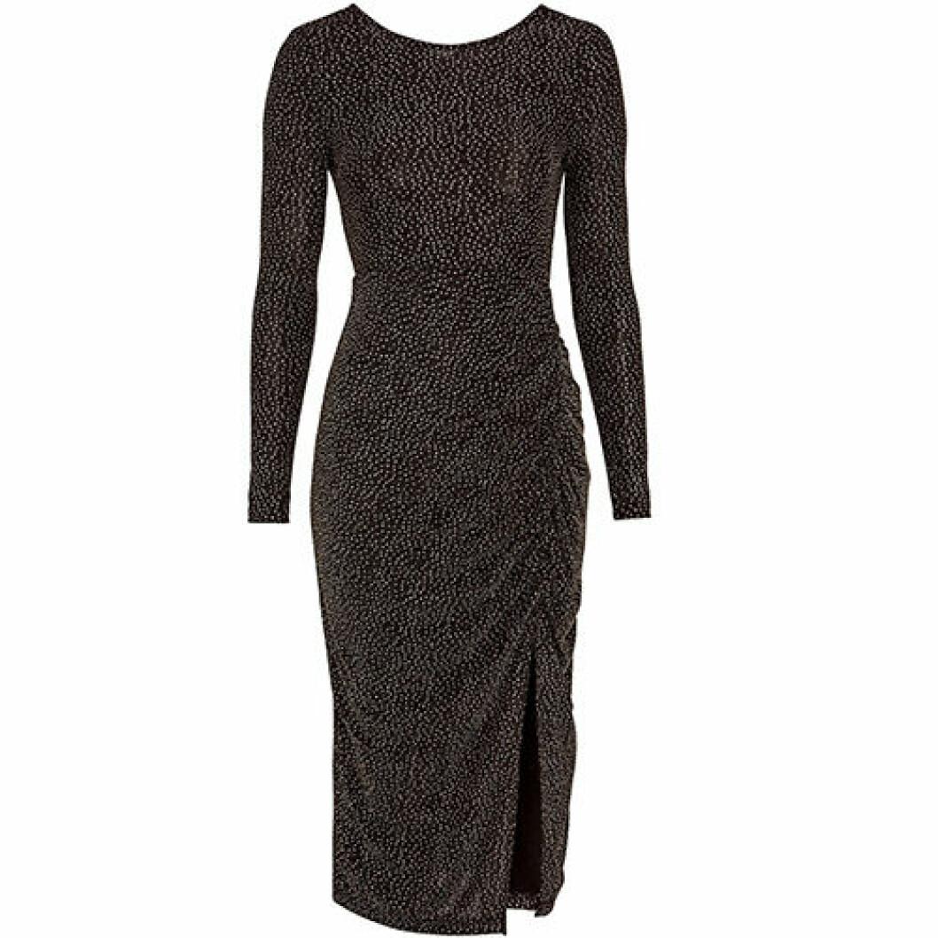 Svart glitterklänning