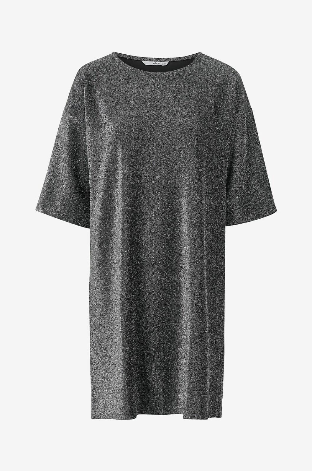 Glittrig festklänning i rak modell för dam till 2019