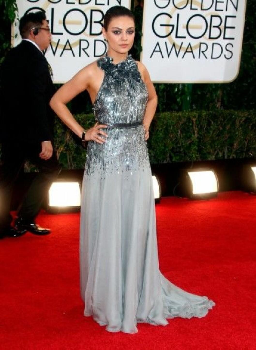 Mila Kunis i Gucci Première.