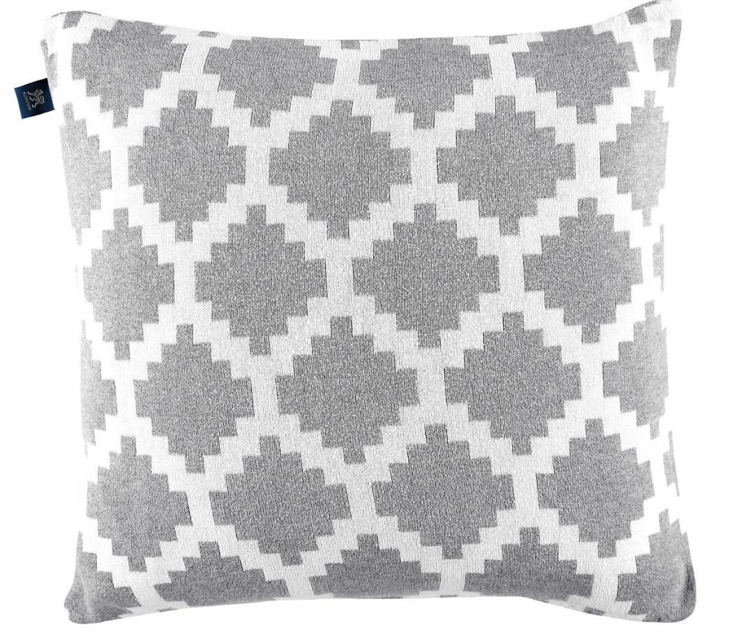 grå kudde mönster