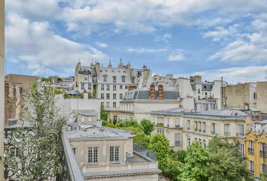 Grand Pigalle i Paris har en vacker utsikt mot Montmartre och Sacre Coeur