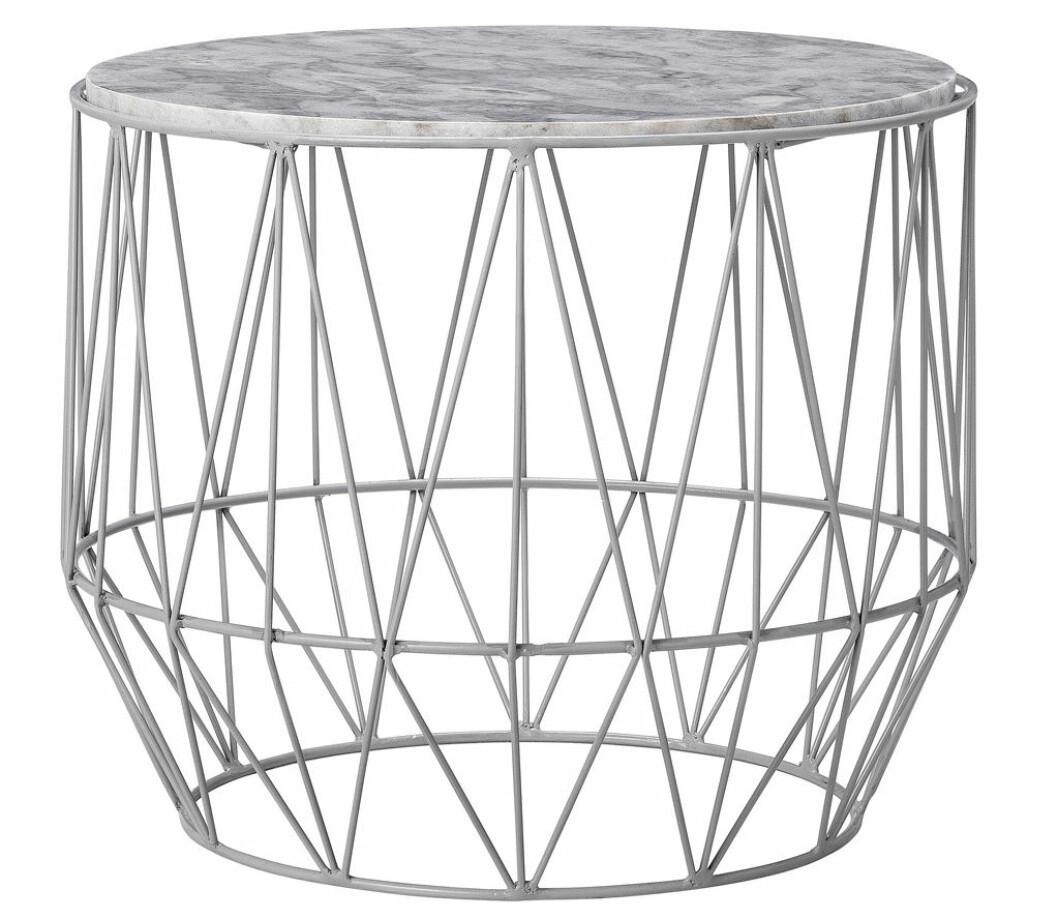 grått bord marmor