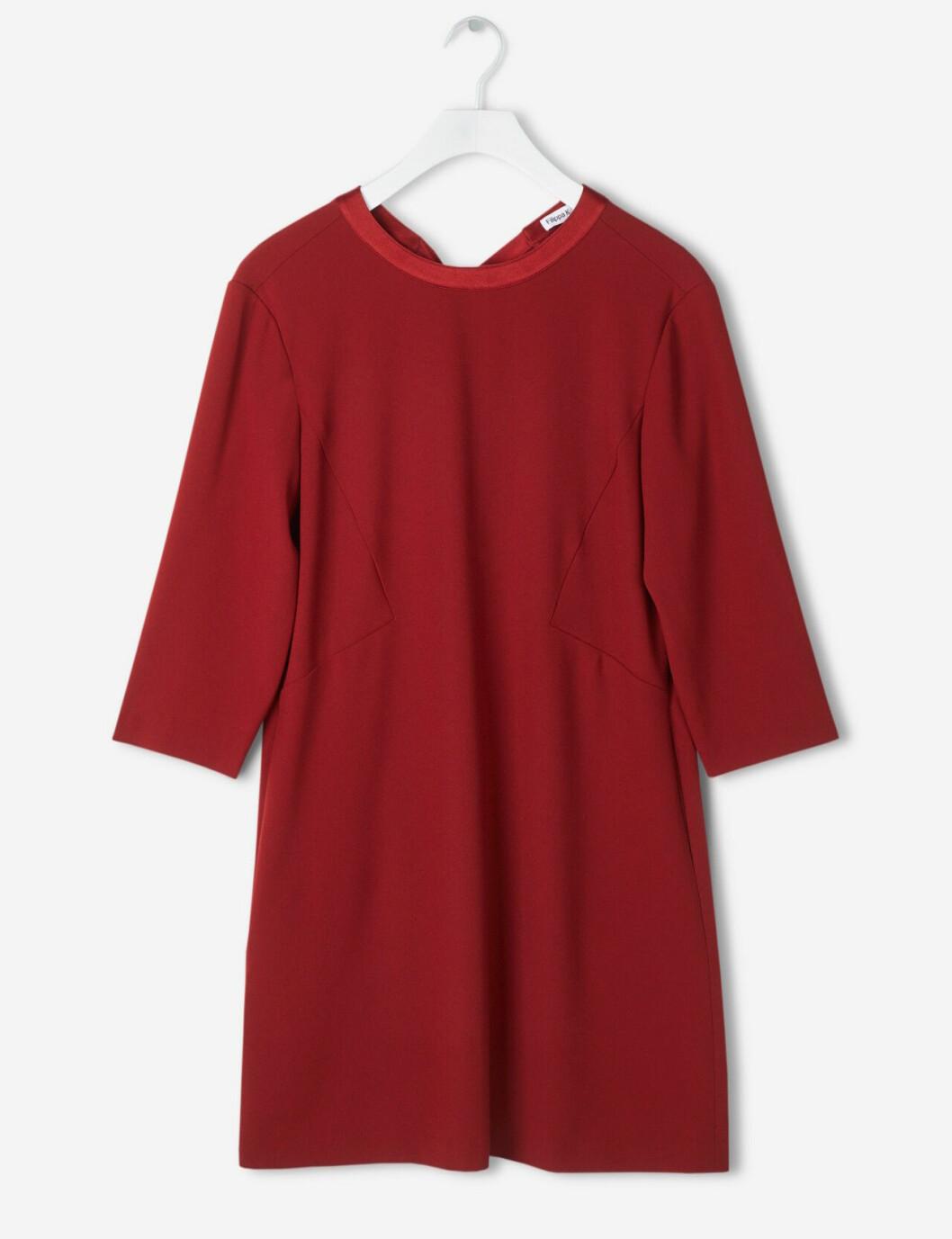 Röd klänning till julen 2018