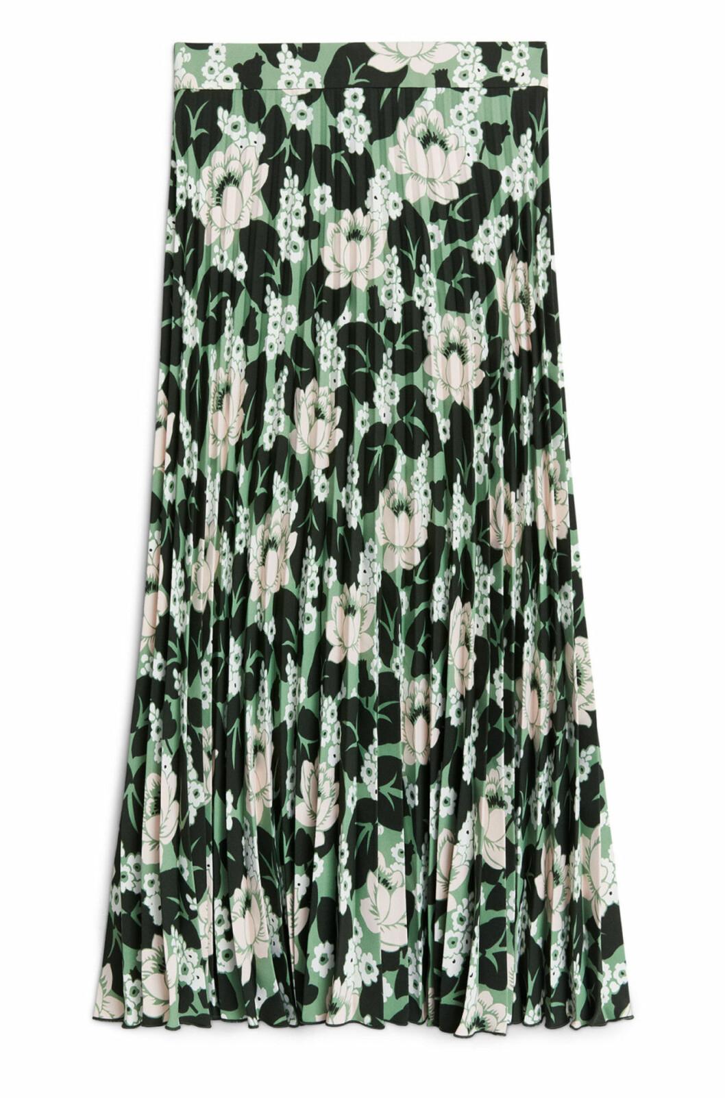 Blommig plisserad kjol till hösten