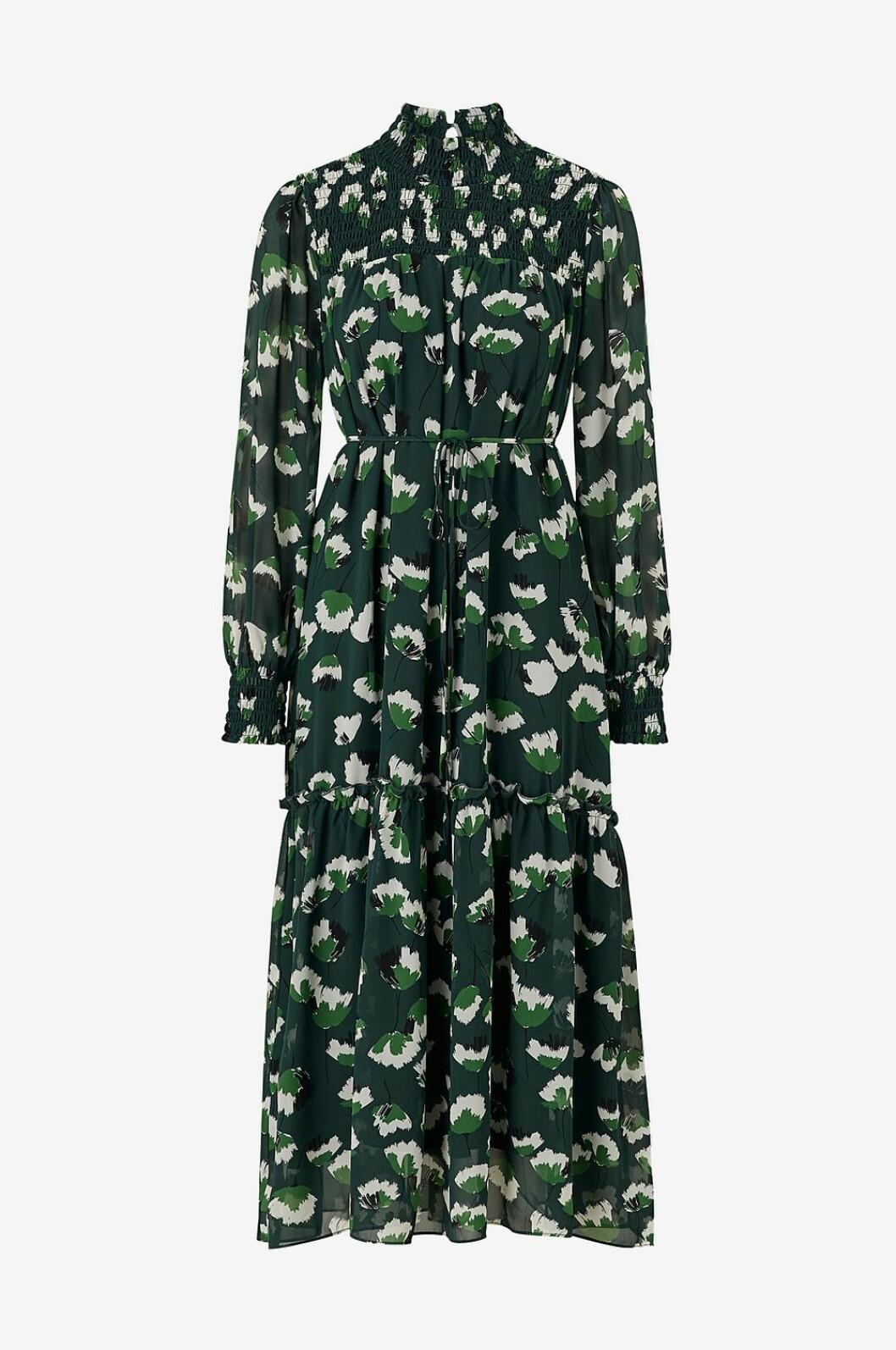 Grön klänning till bröllopsgästen 2020