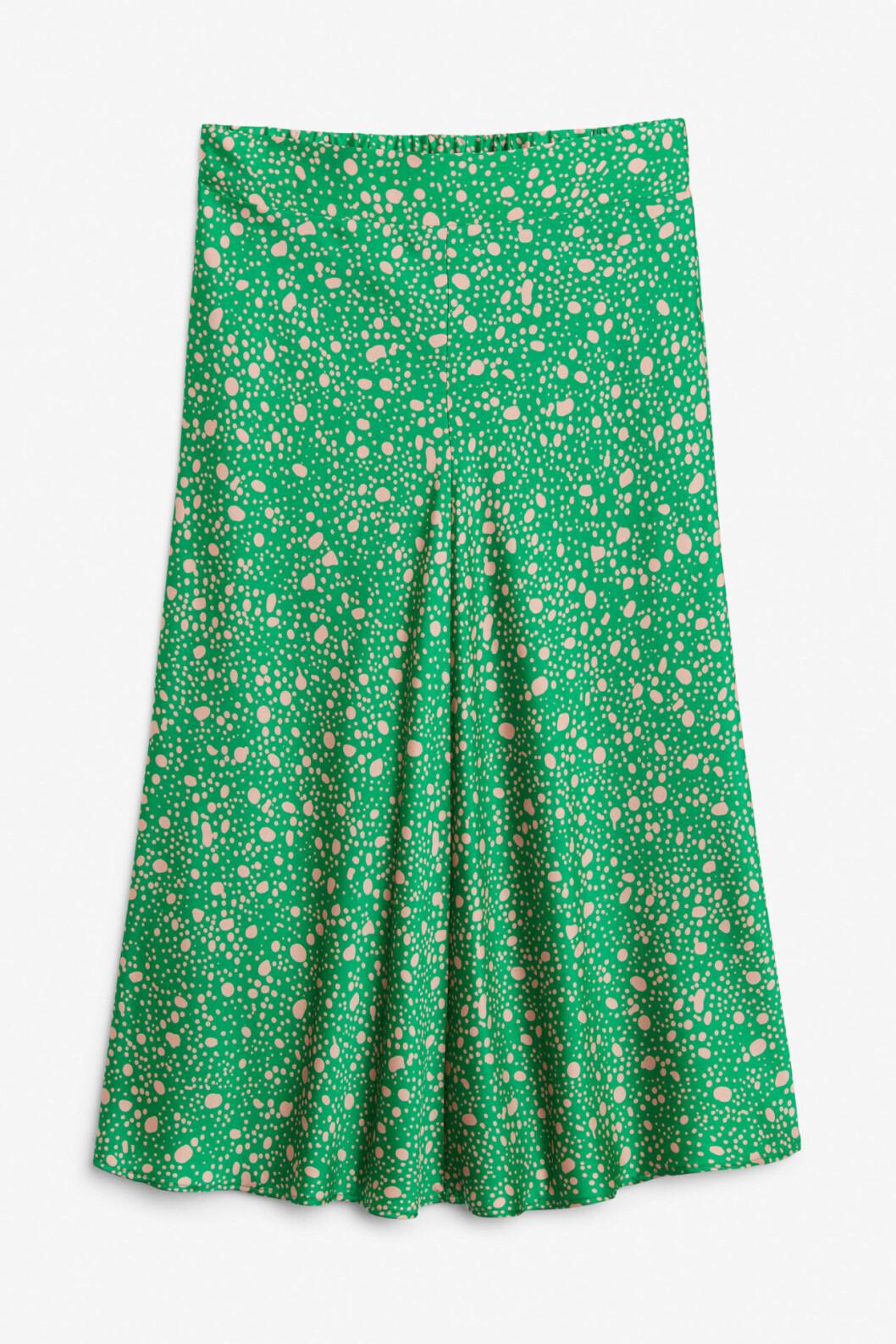 Grön prickig kjol till våren 2019