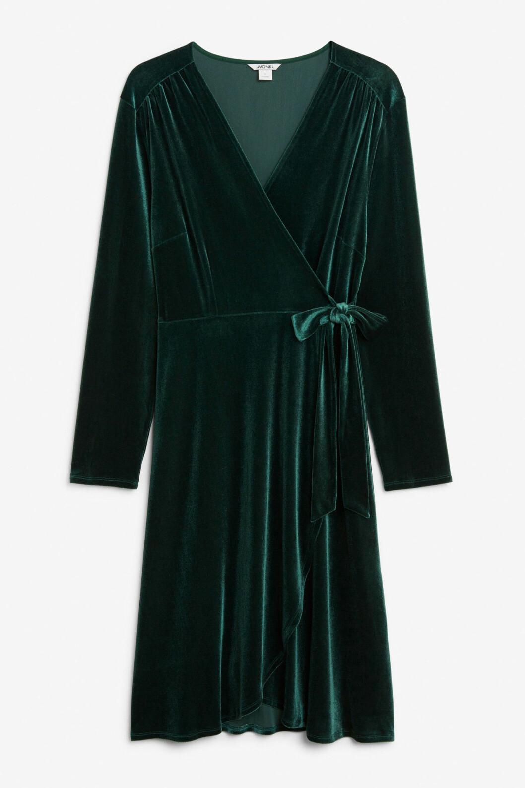 Grön sammetsklänning till fest