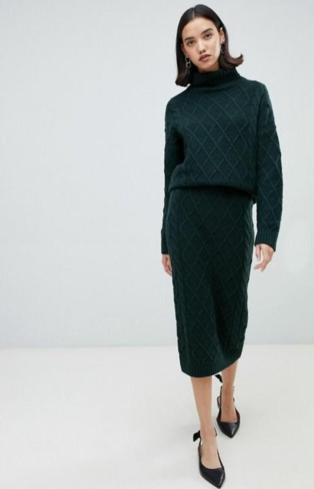 Grön stickad kjol för dam till hösten 2019