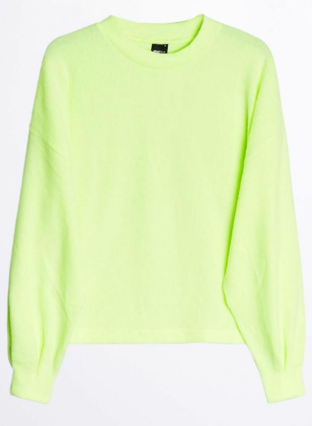Neongrön stickad tröja till våren 2019
