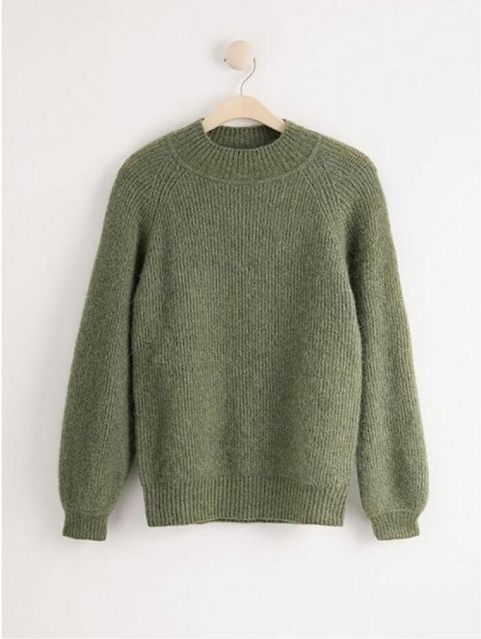 Grön stickad tröja från Lindex