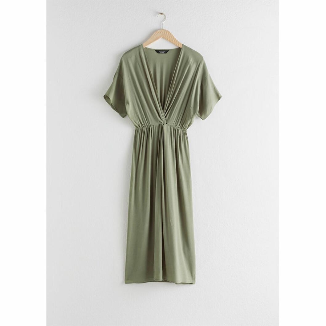 Grön klänning för gravida