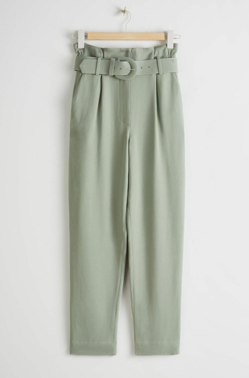 Gröna byxor med hög midja för dam till våren 2020