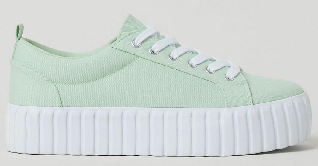 ljusgröna tygsneakers från H&M