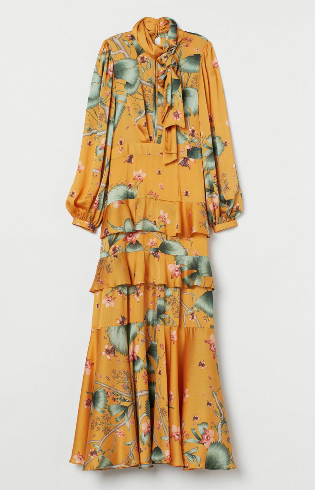 Gul långklänning för dam till bröllop 2020