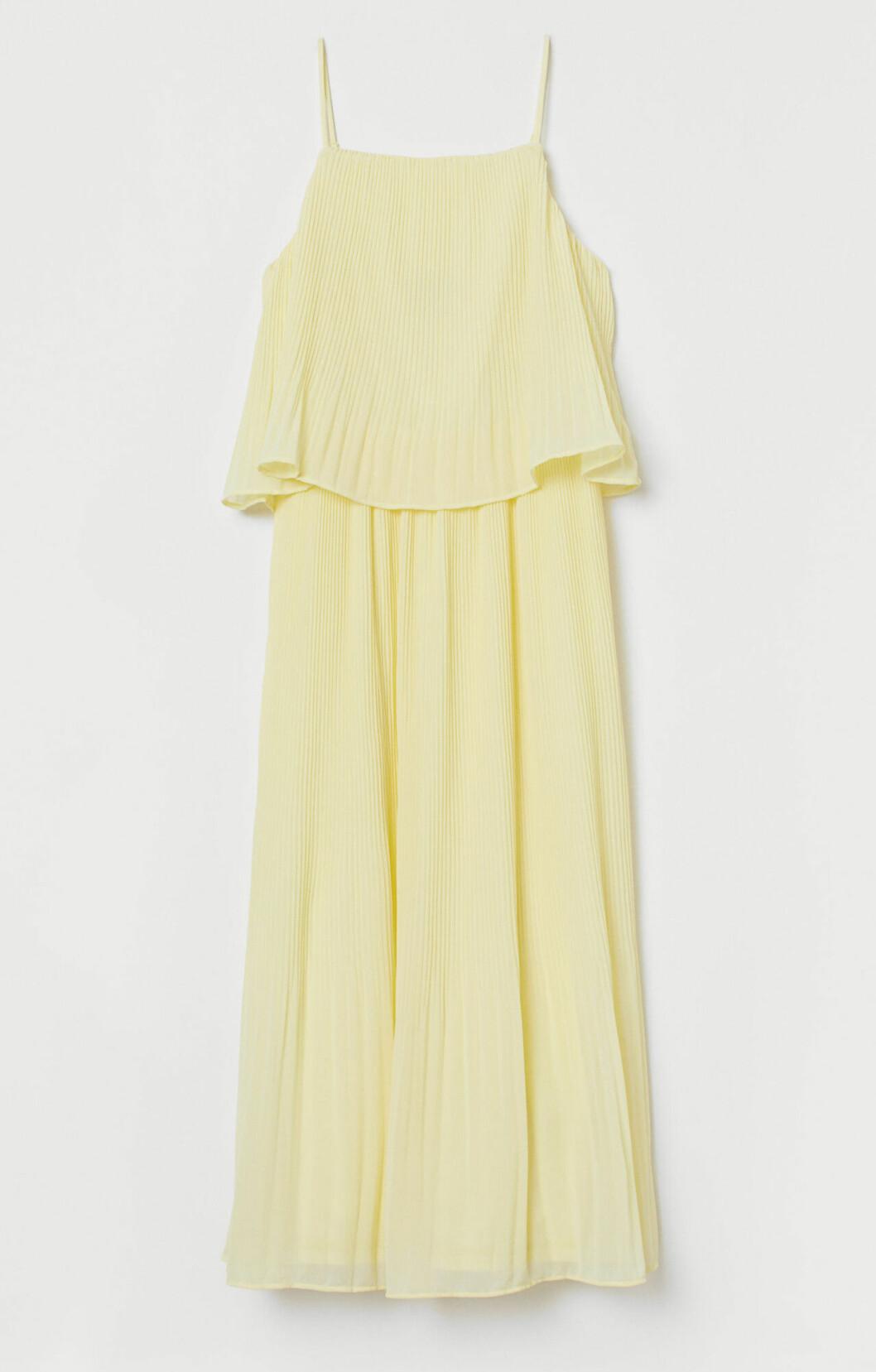 Plisserad klänning för dam till sommaren 2019