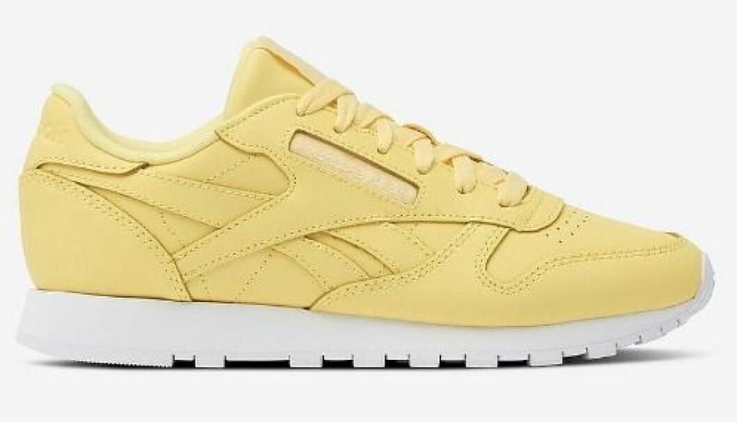 Gula sneakers i skinn till dam från Reebok för våren 2019