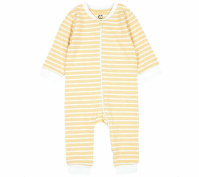 Gulrandig pyjamas från Cubus.