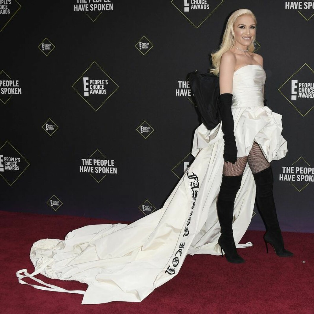 Gwen Stefani på röda mattan på People's Choice Awards 2019