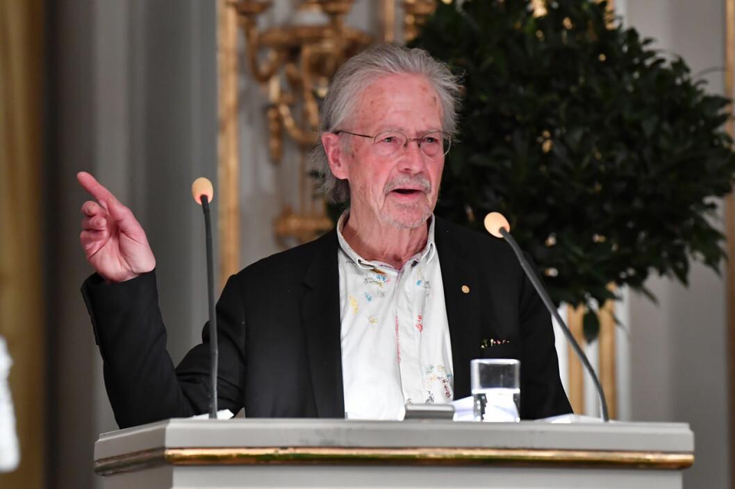 Peter Handke under sin nobelföreläsning 2019