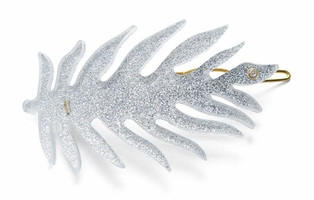 Hårspänne som är silverglittrigt
