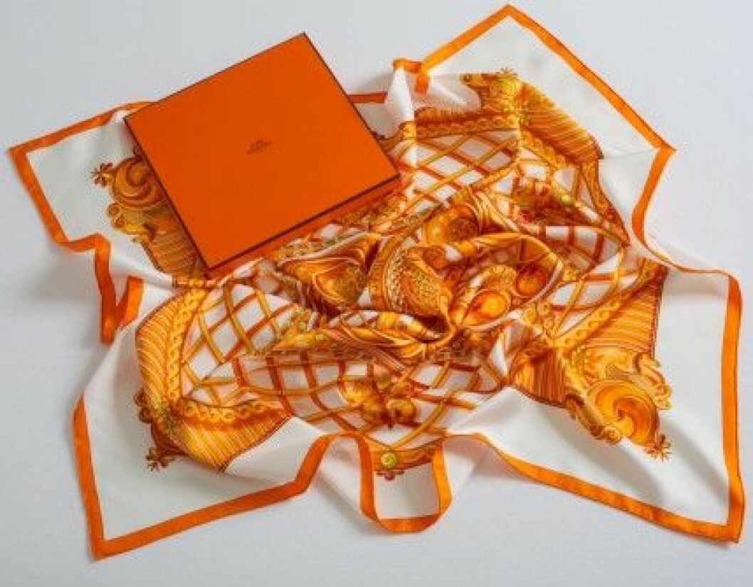 hermes scarf sverige