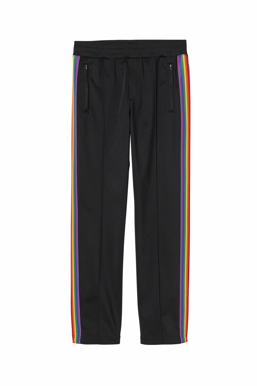 H&M släpper Pridekollektion för 2019 – track pants med revärer