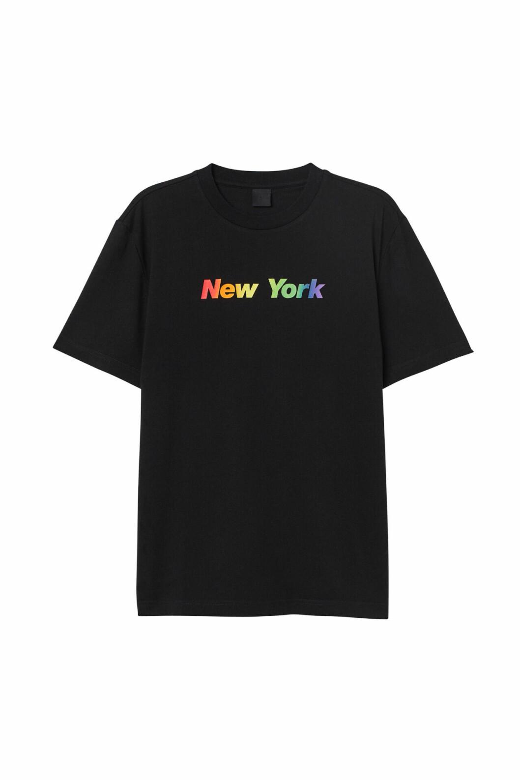 H&M släpper Pridekollektion för 2019 – svart t-shirt med texten New york