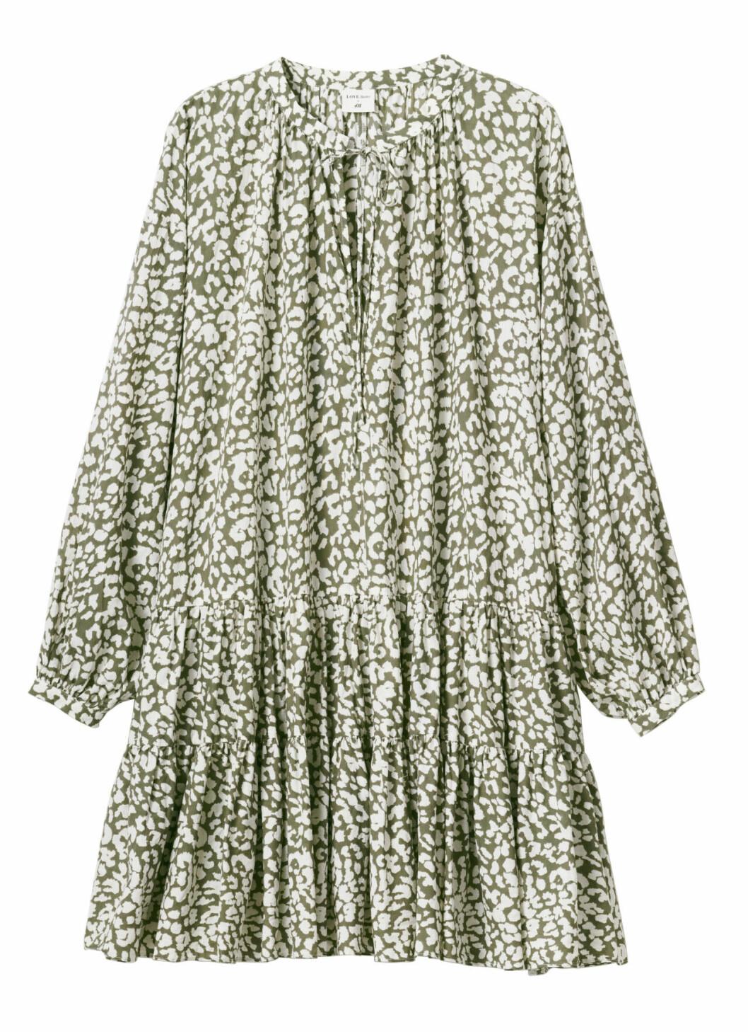 H&M släpper badkollektion med Love Stories – grön klänning