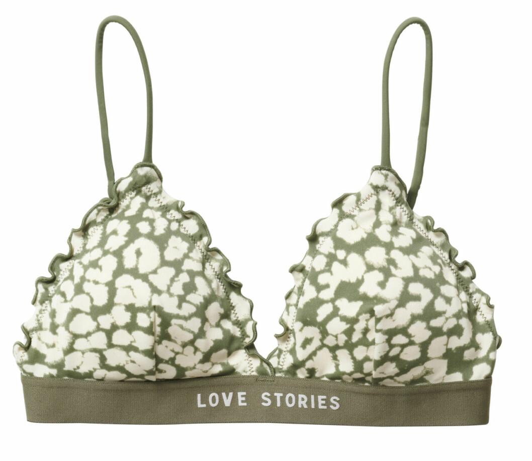 H&M släpper badkollektion med Love Stories – grön mönstrad bikiniöverdel med volanger