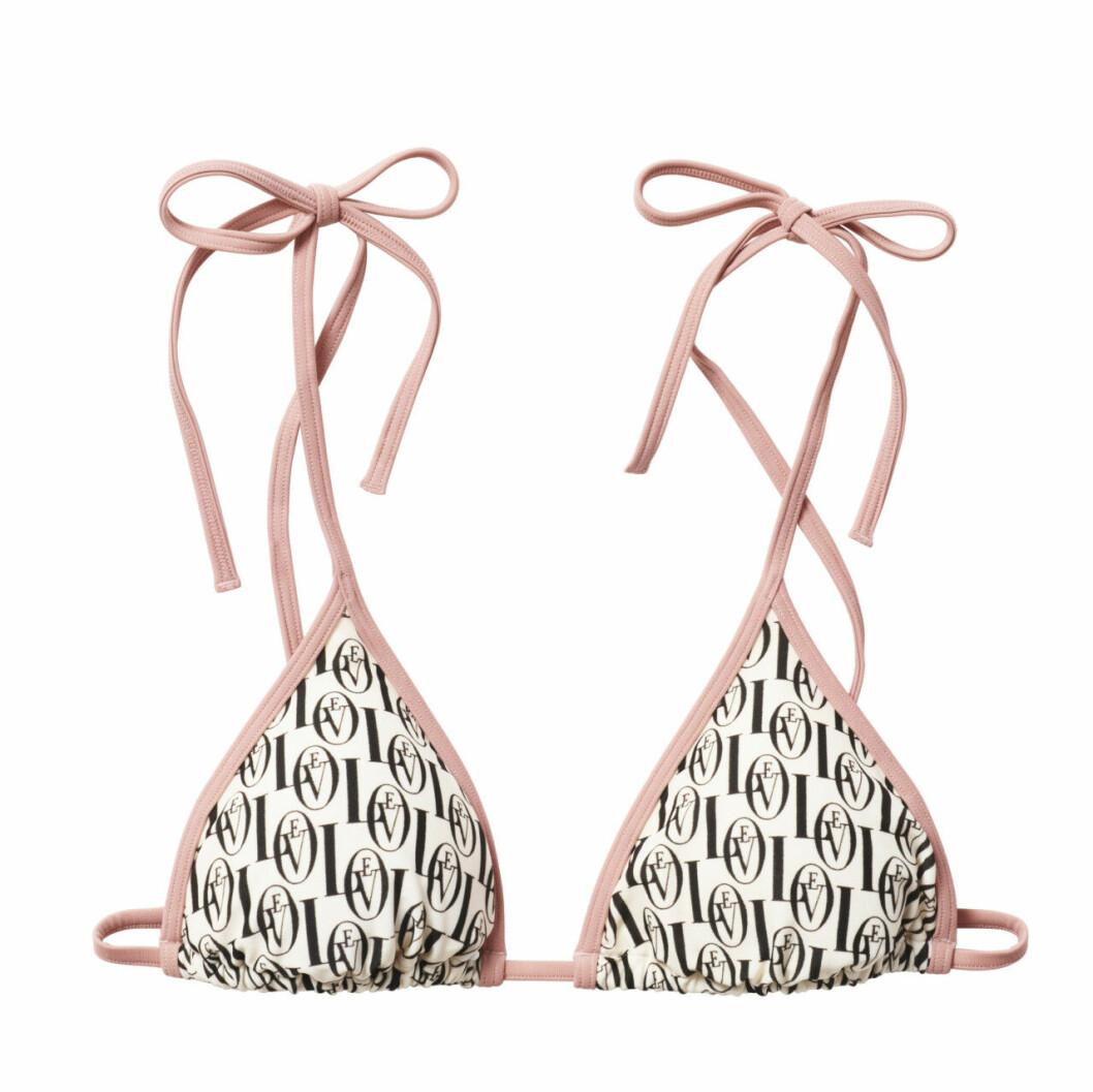 H&M släpper badkollektion med Love Stories – bikiniöverdel med monogram
