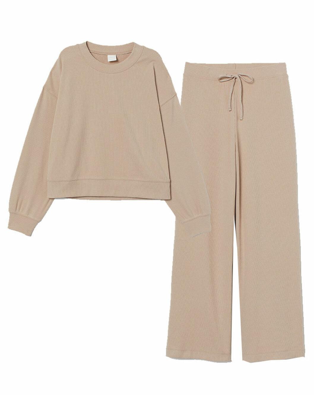 Croppat mjukisset i beige från H&M