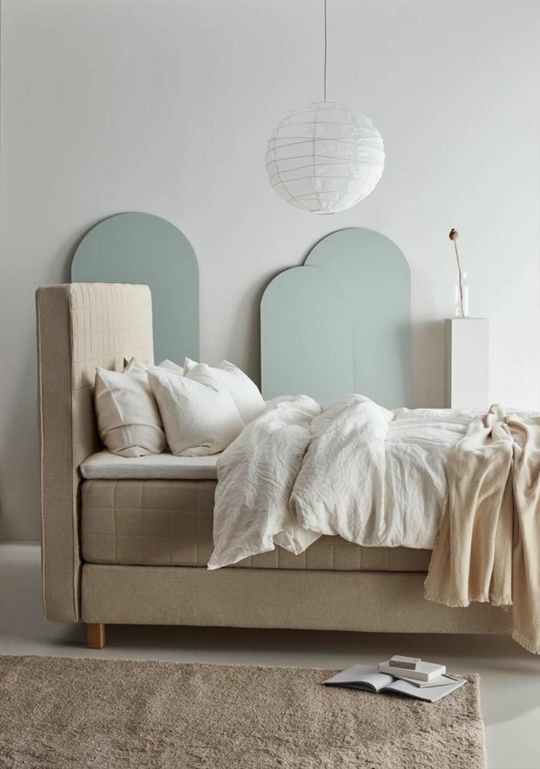 Ikea-katalogen 2019 trendig säng