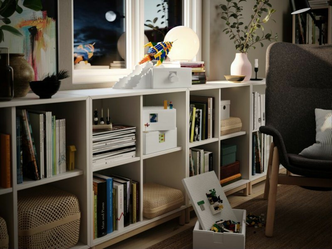 Ikea Lego samarbete bygglek klossar hylla vardgsrum
