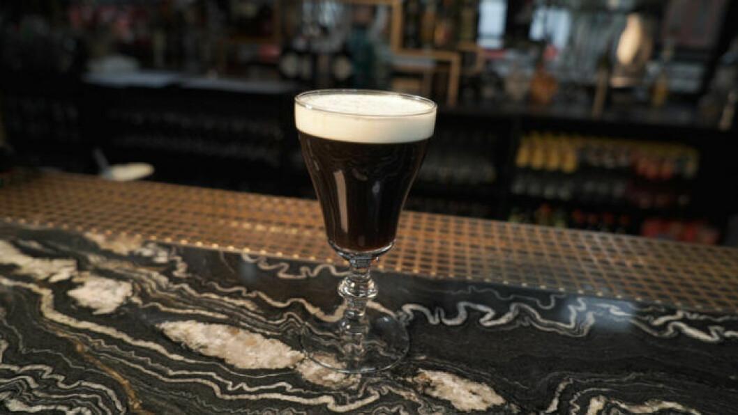 Irish coffee –klassisk varm drink.