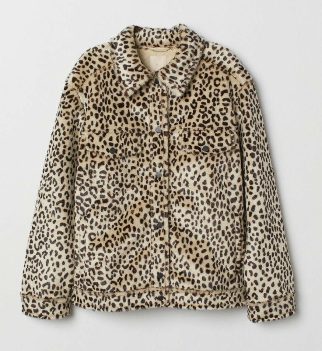 Leopardmönstrad fuskpäls till våren 2019